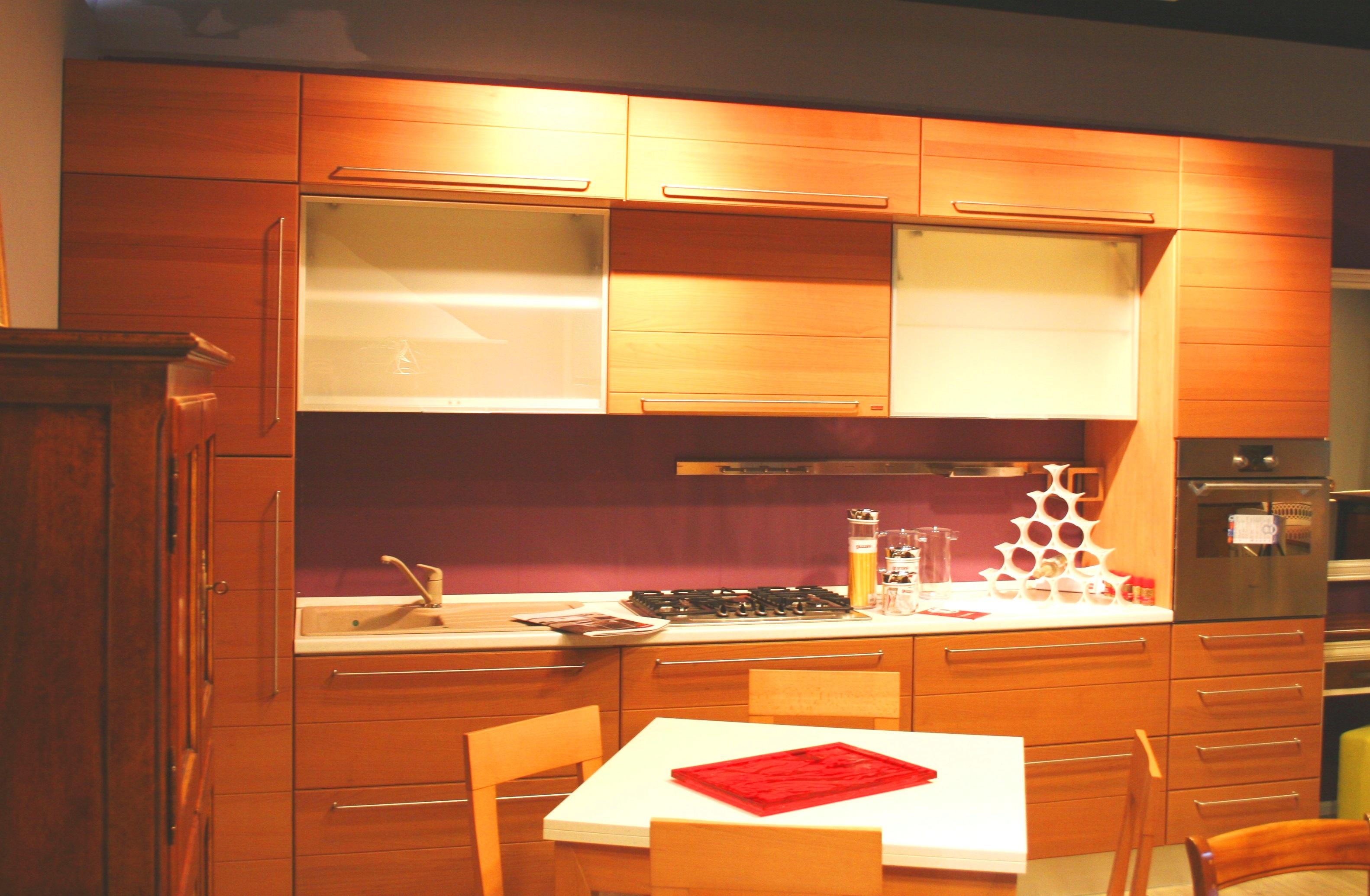 Bruni centro cucine perfect cucine spar centro roma for Arredamenti pignataro